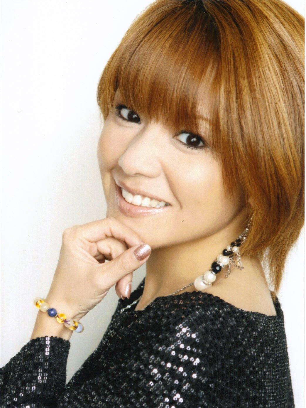 Nakazawa Yuko (中澤裕子)
